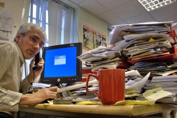 Estas 12 cosas que hay en tu escritorio de trabajo te hacen parecer menos profesional.