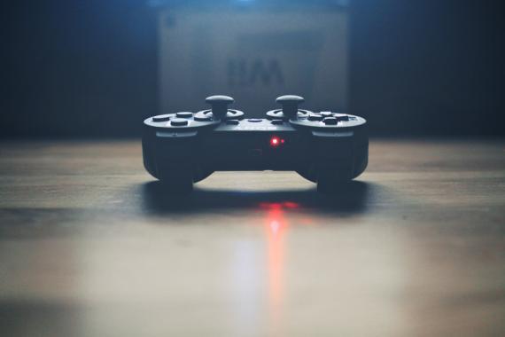 mando de videojuego, consola