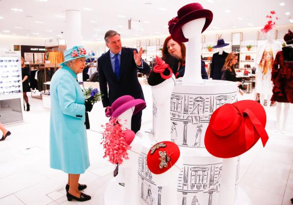 Reina de Inglaterra compras
