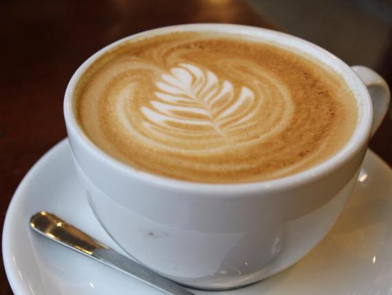 A algunos les gustan los dibujos en su café.