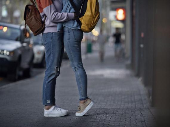 El afecto físico reduce el estrés.