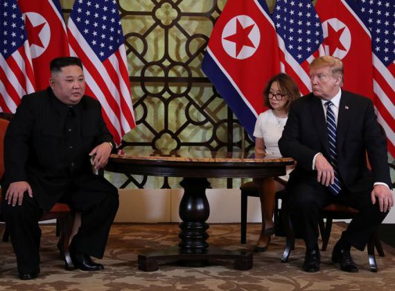 Kim Jong-Un y Donald Trump, durante la cumbre de Vietnam.