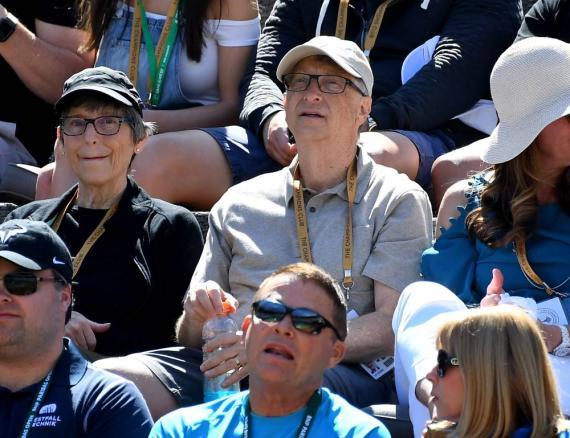Bill Gates en un partido de tenis.