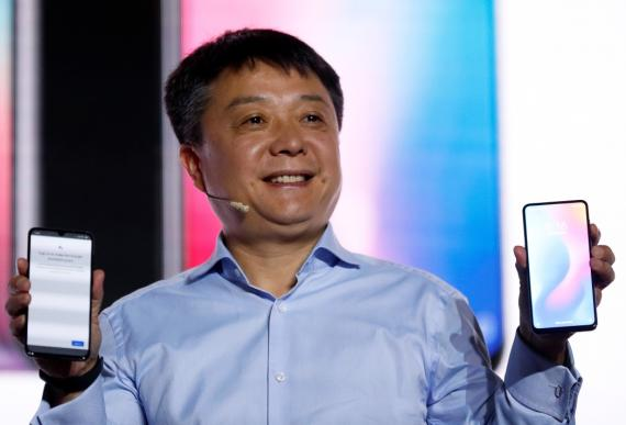 El vicepresidente senior de Xiaomi, Xiang Wang, en el Mobile World Congress 2019 de Barcelona.
