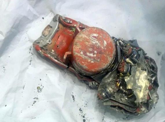 Uno de los registradores de vuelo de la caja negra del avión de Ethiopian Airlines que se estrelló en Le Bourget, al norte de París. El accidente aéreo francés.