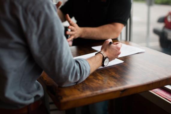 reunión, entrevista de trabajo