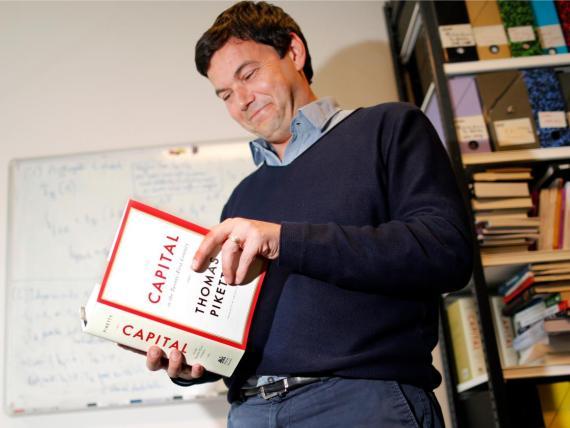 """El bestseller del economista francés Thomas Piketty, """"El capital en el siglo XXI"""", de 2014 sigue siendo un texto fundamental para entender la desigualdad desestabilizadora de hoy."""
