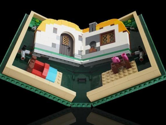 Lego se burla de los móviles flexibles de Samsung y Huawei y saca su propio 'plegable'