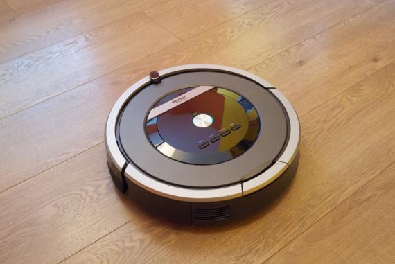 IRobot Roomba 870.