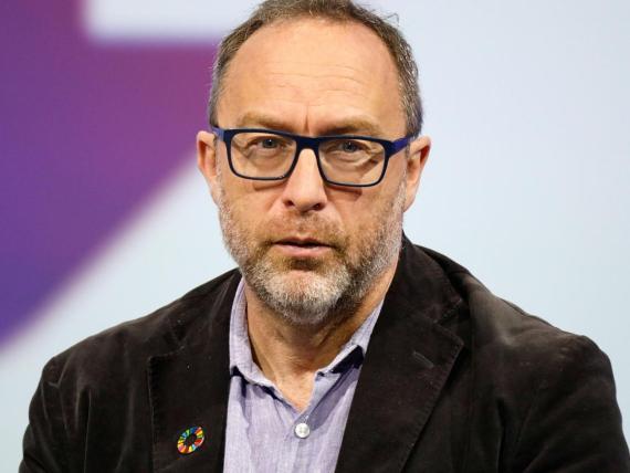 Jimmy Wales, fundador de Wikipedia, es una de las voces más críticas de la controvertida Ley de Copyright