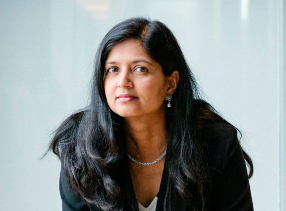 Aparna Sinha dirige el equipo que gestiona la división Kubernetes de Google Cloud.