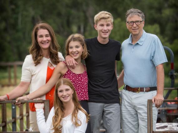 Aunque Bill Gates era el CEO de Microsoft, encontraba tiempo para llevar a su hija al colegio.