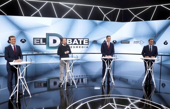De izquierda a derecha: Pablo Casado, Pablo Iglesias, Pedro Sánchez, Albert Rivera