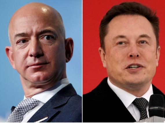 Jeff Bezos (izquierda) y Elon Musk.