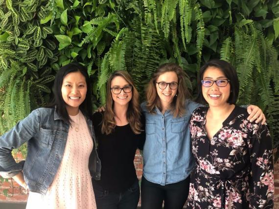 La CFO, Jenny Decker; la jefa de Recursos Humanos, Ash Alexande; la CEO, Mathilde Collin, y la jefa de marketing, Keiko Tokuda.