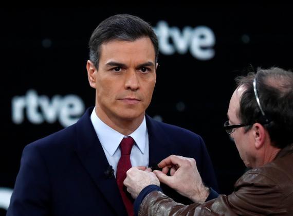 Pedro Sánchez, candidato del PSOE a la presidencia del Gobierno, minutos antes del debate de RTVE.