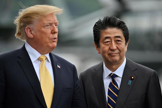 Donald Trup, presidente de los Estados Unidos, y Shinzo Abe, primer ministro de Japón.