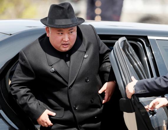 Kim Jong Un llega a la estación de tren de Vladivostok, Rusia.