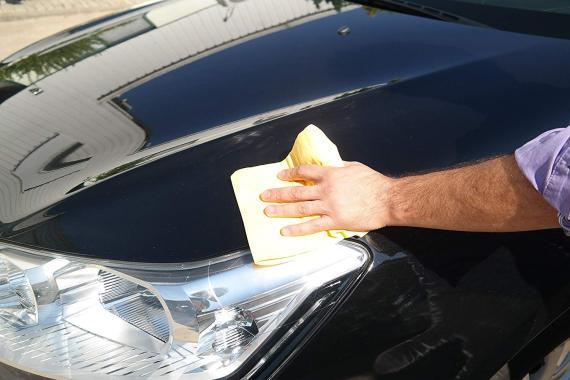 Toallita limpiadora de coches