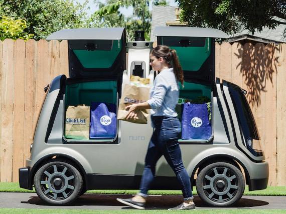 Los coches autónomos podrían entregar la compra.