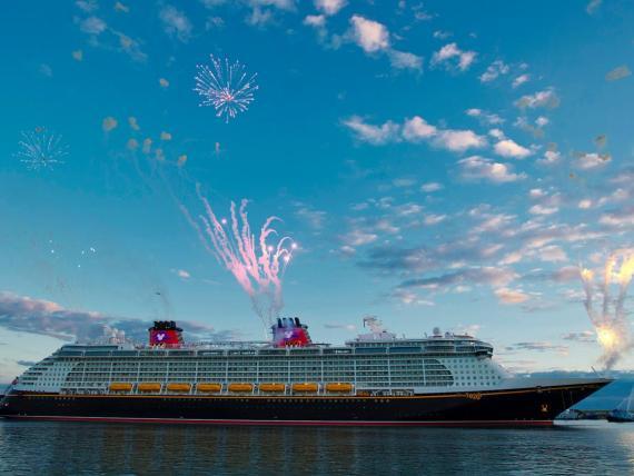 Muchos viajeros no saben que el crucero de Disney es conocido por sus eventos y espacios dedicados en exclusiva para adultos.