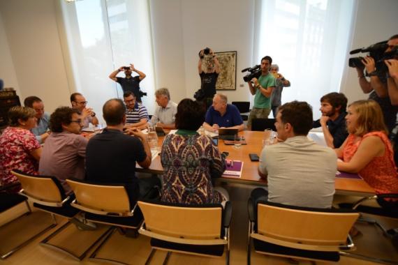 Imágenes de la reunión donde se ha alcanzado el acuerdo.
