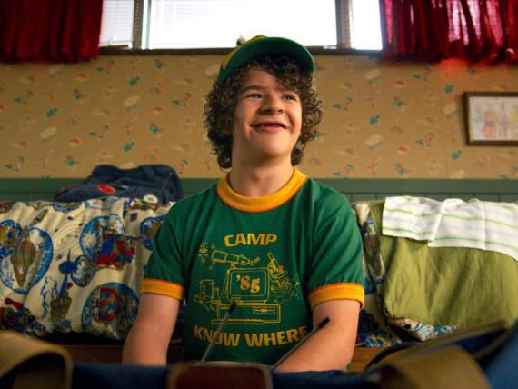 Dustin Henderson, interpretado por Gaten Matarazzo, en Stranger Things 3 de Netflix