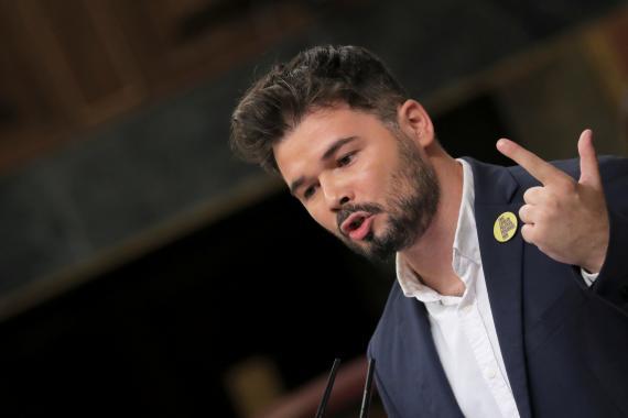 El portavoz de ERC en el Congreso, Gabriel Rufián, este martes durante el debate de investidura.