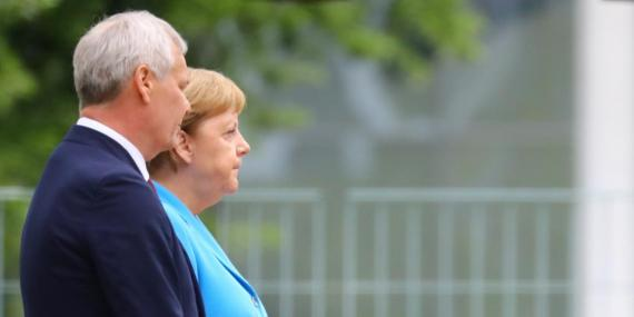 La canciller alemana Angela Merkel recibe en Berlín al primer ministro de Finlandia, Antti Rinne