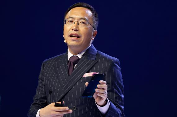 El presidente de Honor, George Zhao.