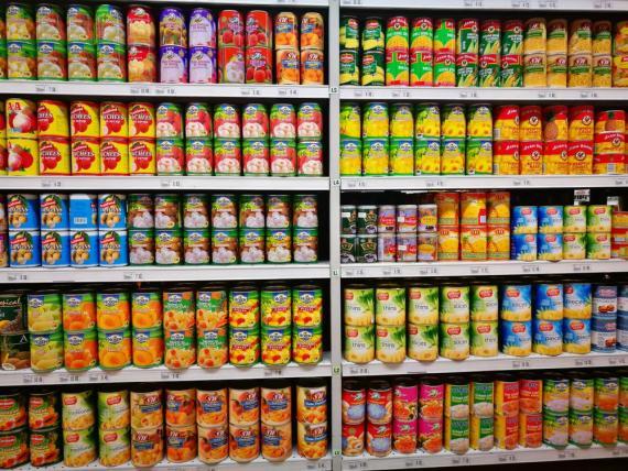 Algunos alimentos pueden durar años si se almacenan y  sellan correctamente.
