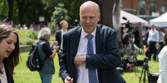 El secretario británico de Transporte Chris Grayling