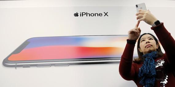 Las acciones de Apple se disparan después de que Estados Unidos haya retrasado los nuevos aranceles a smartphones y ordenadores portátiles