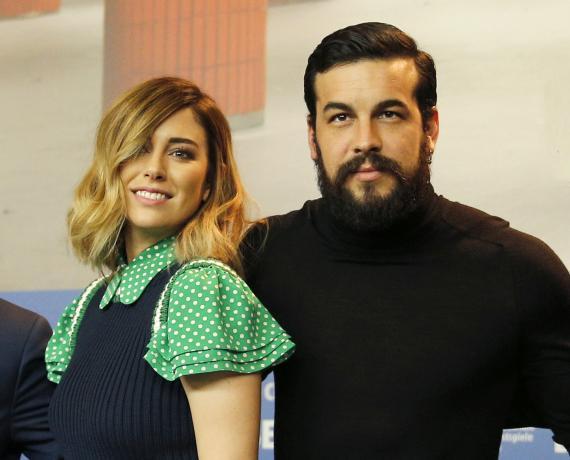 Blanca Suárez y Mario Casas en el estreno de una película.