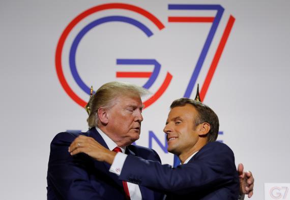 Donald Trump, presidente de los Estados Unidos, y Emmanuel Macron, presidente de Francia, durante su comparecencia en la cumbre del G7 en Biarritz.