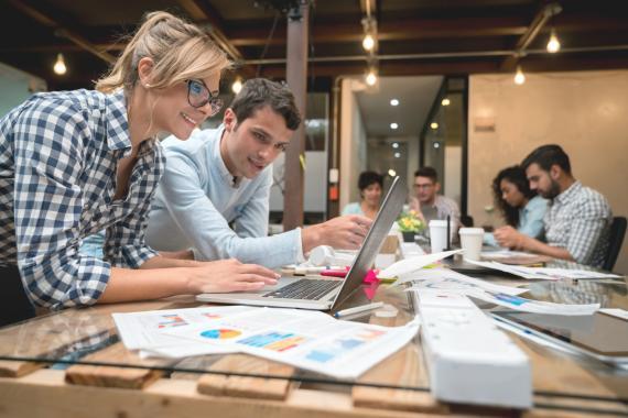 Emprendedores en la oficina