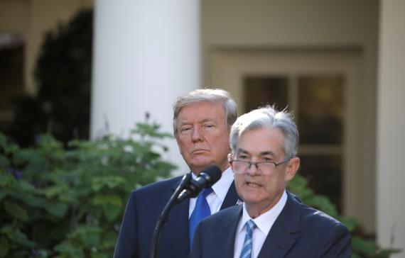 El presidente de Estados Unidos, Donald Trump, y el presidente de la Reserva Federal estadounidense, Jerome Powell