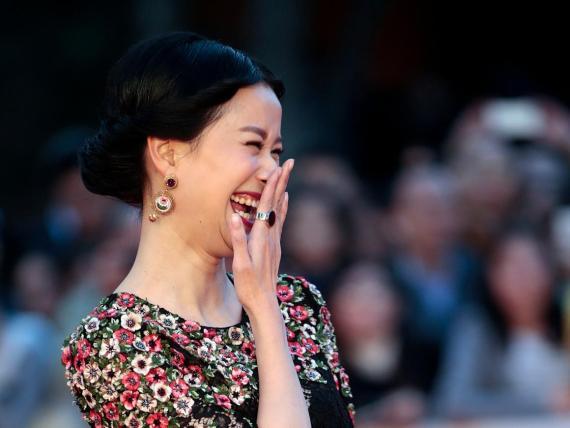 La risa puede compensar una apariencia relativamente poco atractiva.