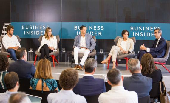 Mesa redonda de Smart Business Meetings del sector bancario.