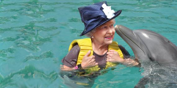 Delfines y Reina Isabel