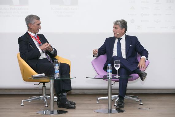 José Ramón Caso, CEO de Omnicom Public Affairs, y Juan Pedro Moreno, Presidente de Accenture en España, Portugal e Israel.