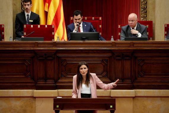 Lorena Roldán, líder de Cs en Cataluña, defiende su moción de censura contra Quim Torra.