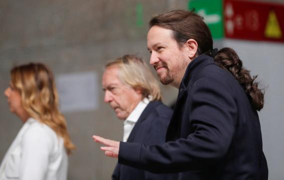 El líder de Unidas Podemos, al llegar al debate electoral del 10-N.