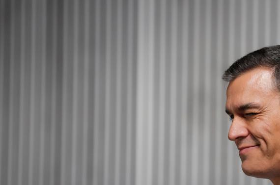 Pedro Sánchez, guiñando un ojo en el debate a cinco de noviembre.