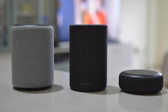 Altavoces inteligentes de Apple, Amazon y Google.