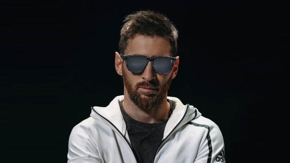 El futbolista del PSG Leo Messi. Hawkers