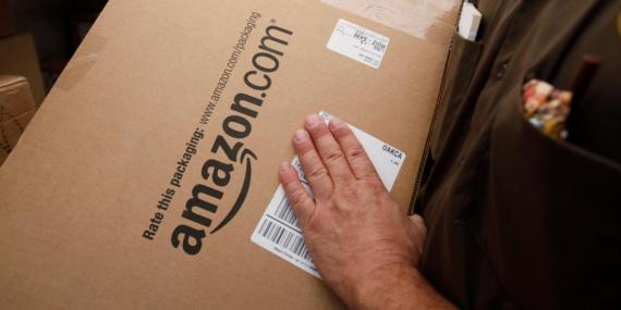 Varios clientes de Amazon dicen que han recibido paquetes por el Black Friday con condones, cepillos de dientes o incluso una pandereta en lugar de una Nintendo Switch