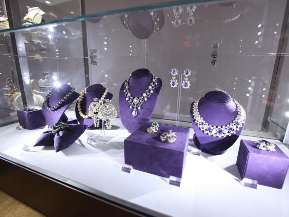 La colección de joyas de Elizabeth Taylor fue una de las más caras de la década.