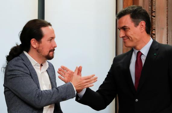 Pablo Iglesias y Pedro Sánchez sellan su programa de Gobierno de coalición