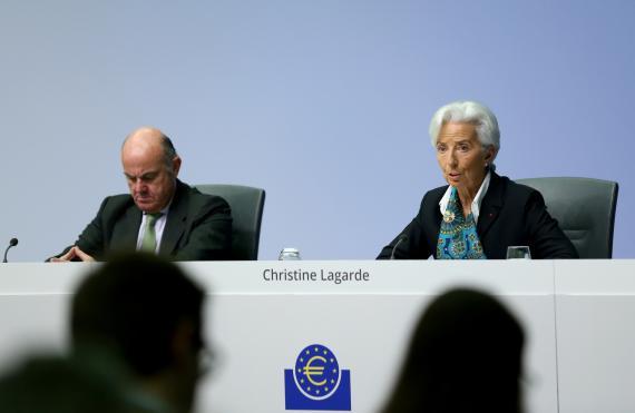 La presidenta del BCE, Christine Lagarde, junto a su vicepresidente Luis de Guindos